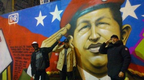 hommage hugo chavez graffiti paris zeon